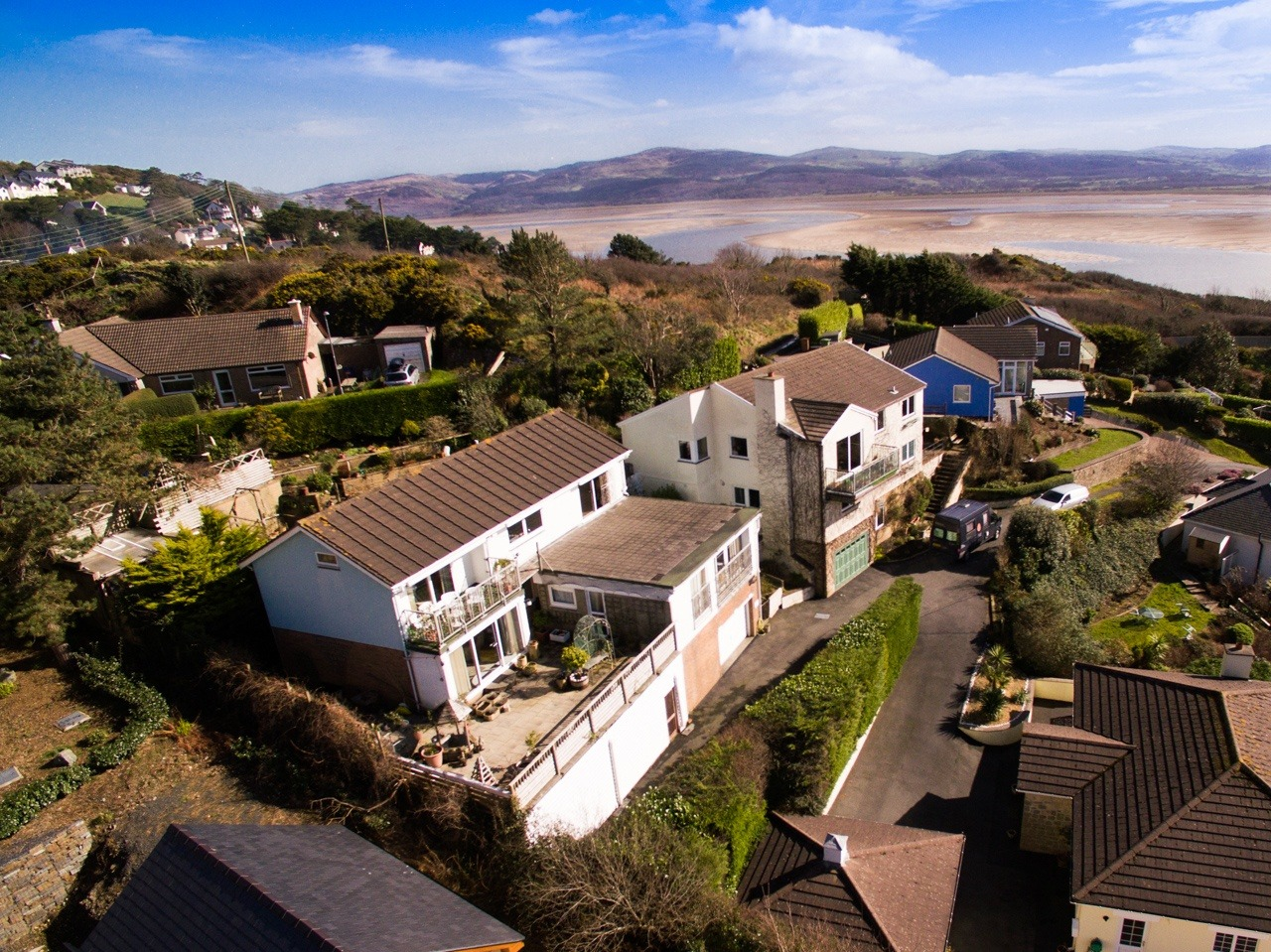 Golwg Y Mor MMP 9 3 2017 4 - Aerial shots sell property fast !